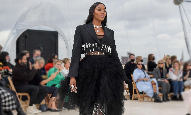 Algo más que un desfile para Naomi: 'Traté de evitar las lágrimas de emoción'