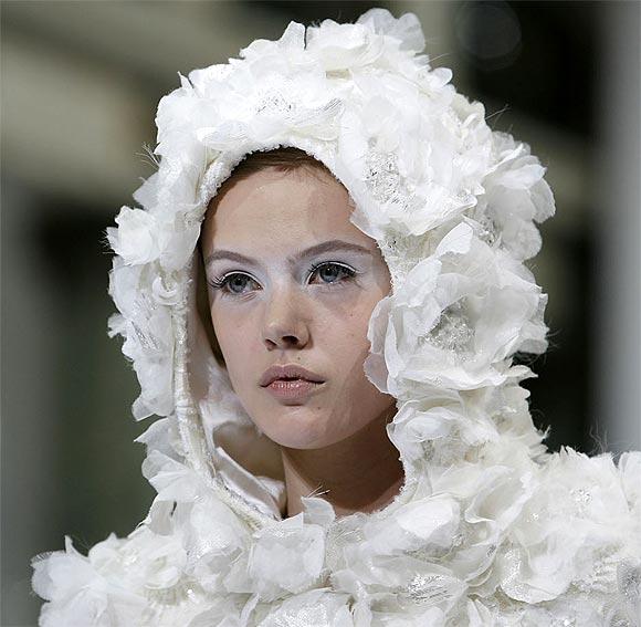 Detalles de Alta Costura: Elie Saab otoño-invierno 2009-2010
