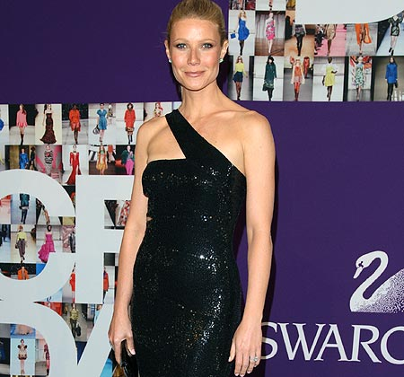 Gwyneth Paltrow y su exclusivo 'Michael Kors' reciben un 'Oscar'