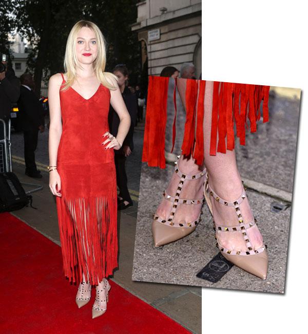 Dakota Fanning se rinde a los flecos de moda