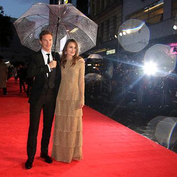 Keira Knightley lo sabe: 'Al mal tiempo, buena cara'… y a disfrutar de la fiesta