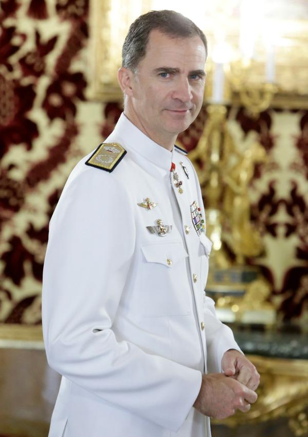 a6326cd4e Reyes y príncipes con mucho estilo: ¿Cómo visten los hombres de la realeza?  - Foto