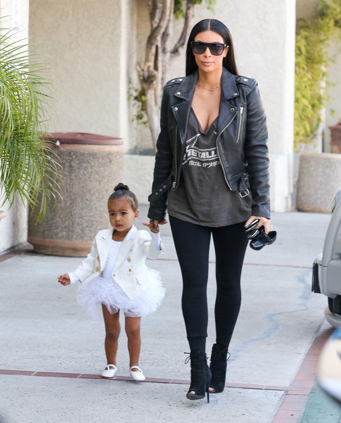Semana Ramonera - Página 3 Kim_kardashian_1-a