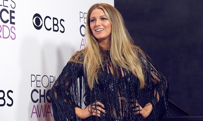 People's Choice Awards: Los detalles más 'brillantes' de su alfombra roja