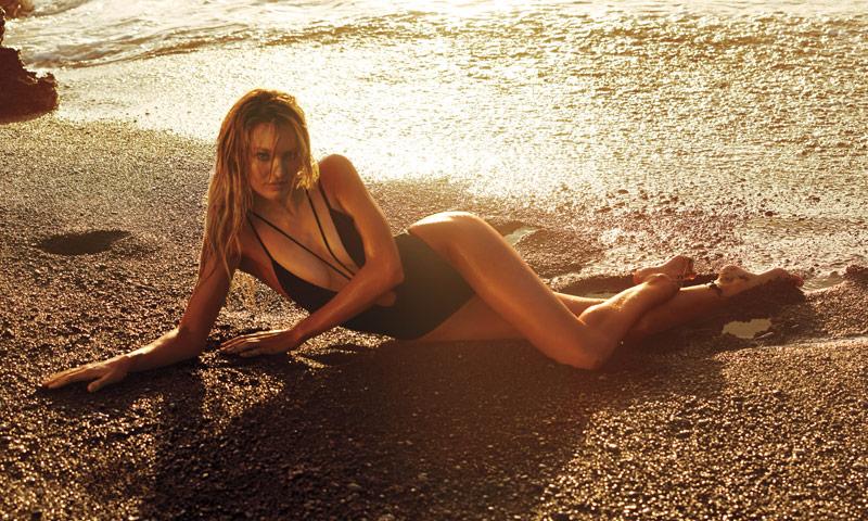 La prenda más 'sexy' del verano es en realidad… ¡un bañador! Lo dice Victoria's Secret