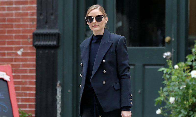 Negro, 'blazer' y azul o cómo superar con éxito una entrevista de trabajo