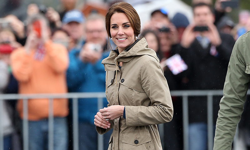 Las zapatillas favoritas de Kate Middleton las llevó Lady Di hace hoy 20 años