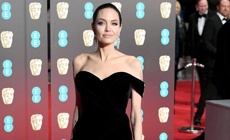 Aciertos y errores, los vestidos negros que impactaron en los BAFTA