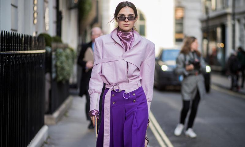10 ideas y un solo color, así llevarás el 'ultraviolet' según las que más saben de moda