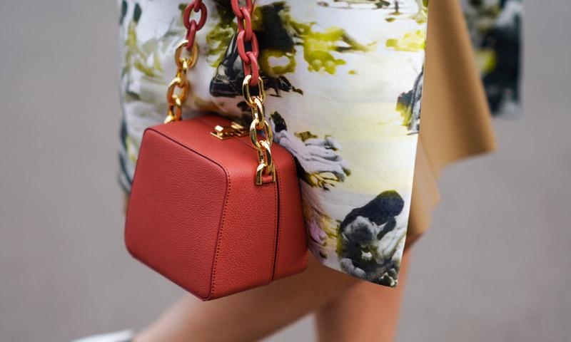 Estos bolsos de Uterqüe harán que tus looks parezcan más lujosos