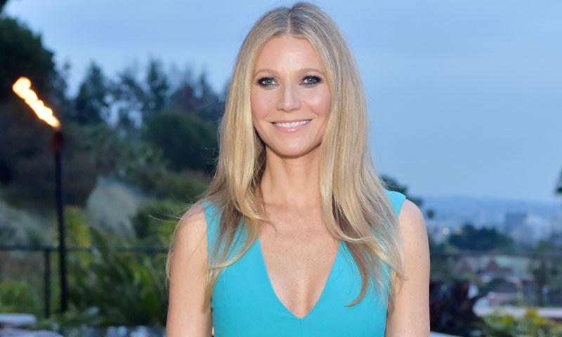 Gwyneth Paltrow anticipa la tendencia: el vestido de fiesta será turquesa