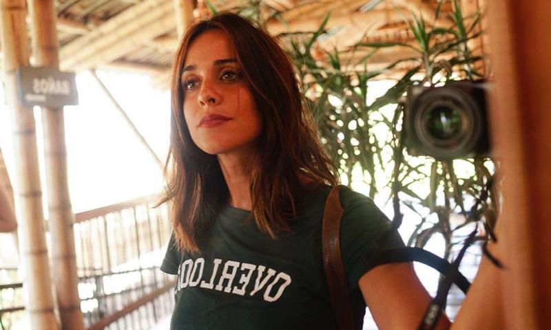 Tops y camisetas de verano, los 5 básicos asequibles de Macarena García