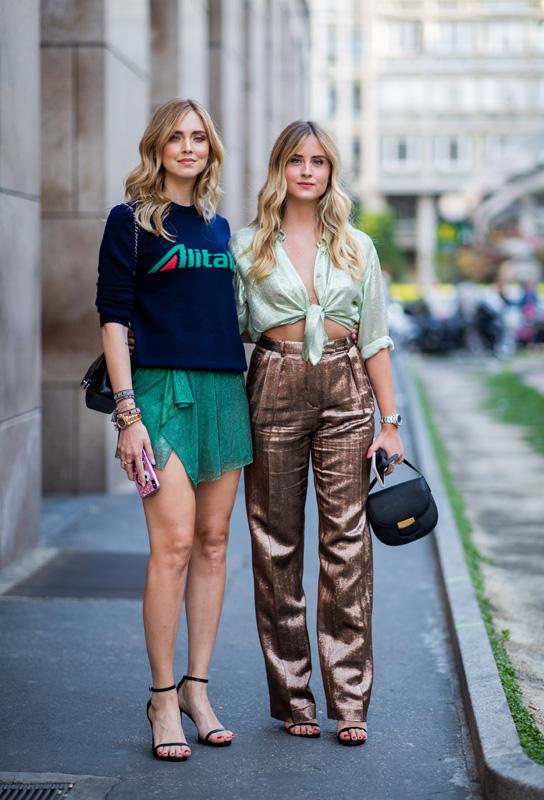 street-style-pantalon-metalizado