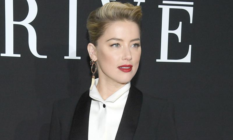 Amber Heard en París es la prueba de que la sastrería es el nuevo chic