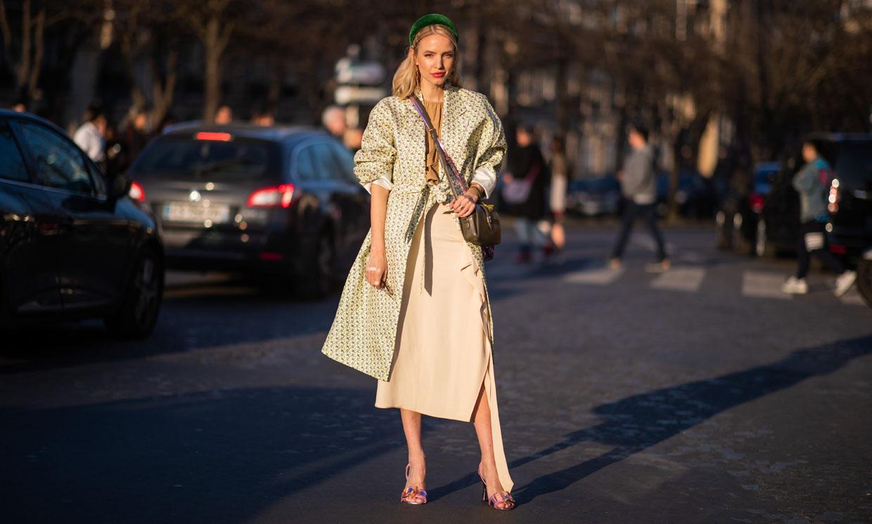 Diez faldas de invitada que podrás reciclar en tus looks de oficina