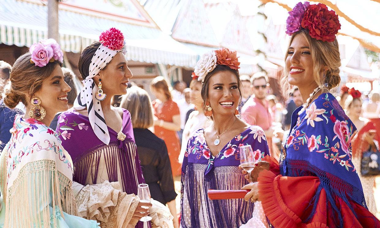 Celebramos la Feria de Abril con las chicas de moda en el Real de Sevilla