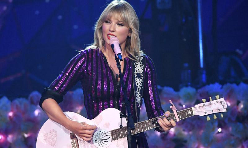La inusual celebración de Taylor Swift por el lanzamiento de su nuevo álbum, 'Lover'