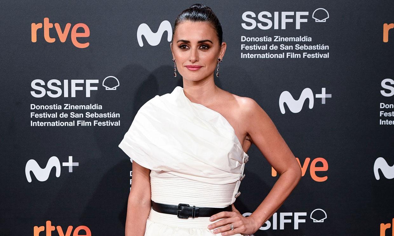 Del vestido 'lady' de Penélope Cruz a los looks más inolvidables del Festival de San Sebastián