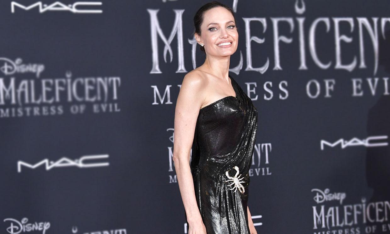 Angelina Jolie, la actriz de Hollywood que triunfa con vestido negro