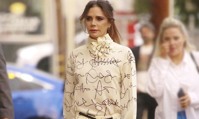 Tras el éxito en la boda de Pilar Rubio, Victoria Beckham diseña el nuevo vestido 'Dolman'