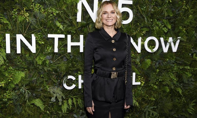 Diane Kruger vs Lily-Rose Depp: dos formas de llevar minifalda cuando hace frío
