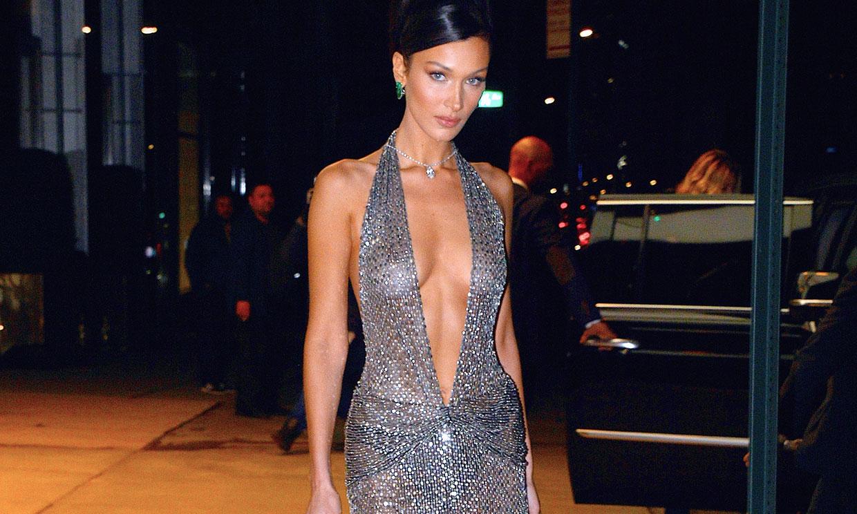 Lo dicen Bella Hadid y Kendall Jenner: estos son tus vestidos perfectos si tienes poco pecho