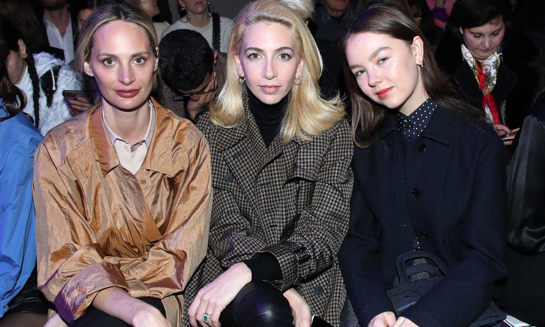 Lo mejor del 'front row' de Dior, de Alejandra de Hannover a Uma Thurman con su hijo