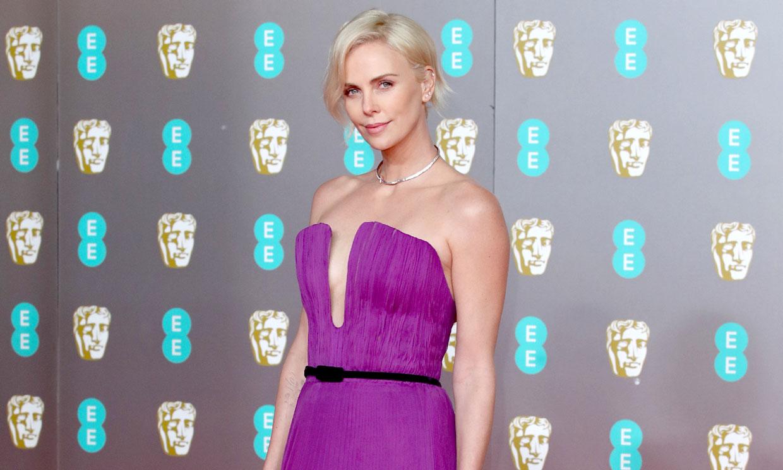 Del escotazo de Charlize al vestido con historia de Emilia: los 10 lookazos de los Bafta