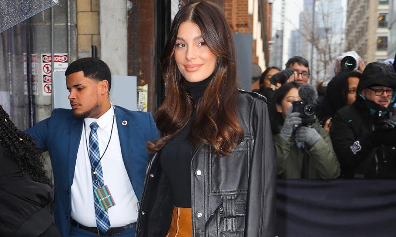 El último fichaje de Camila Morrone: la falda preferida de las 'royals' europeas