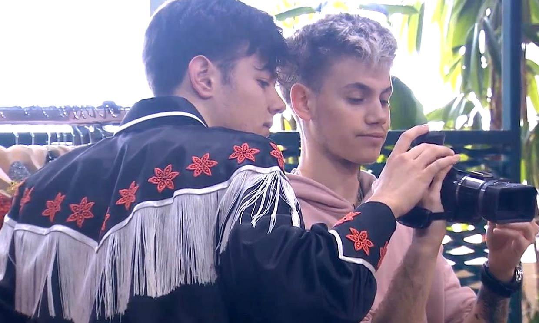 Anaju y Flavio lucen en la academia una camisa que ya llevó Bustamante en OT1