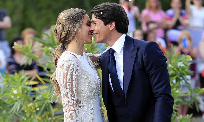 De la novia a las invitadas, los looks vistos en la boda de María Pombo hace un año