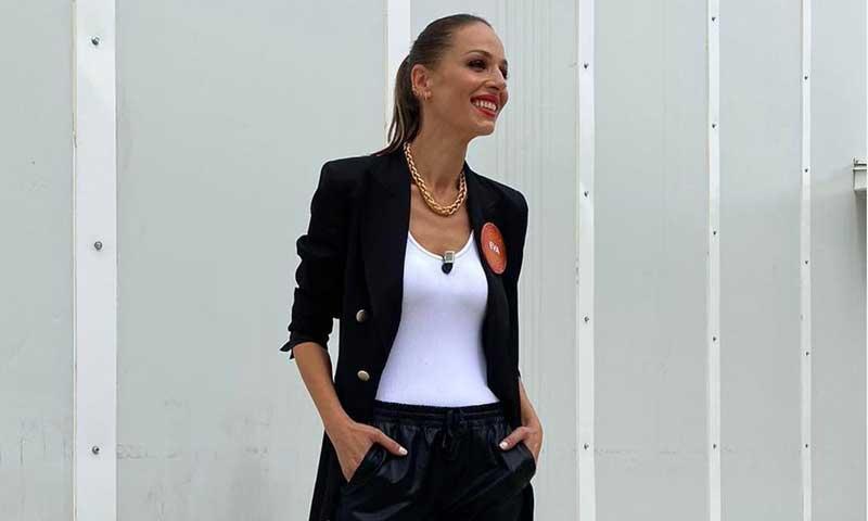 Eva González ha estrenado el look más cómodo para trabajar, en casa o en la oficina
