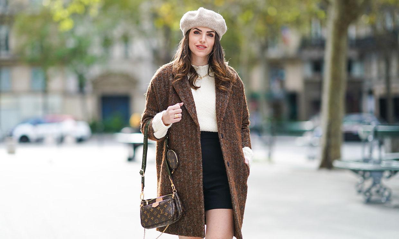 Realza tus looks con el complemento perfecto del estilo 'Emily in Paris' y combínalo así