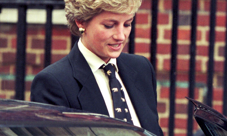 La corbata, el complemento que unió a Diana de Gales y Blanca Suárez