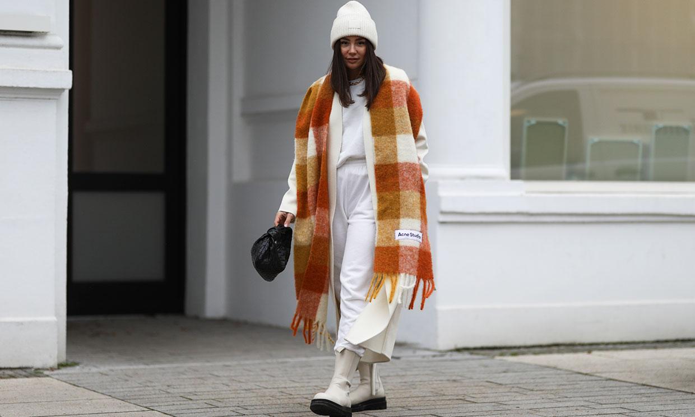 De clásica a innovadora: da un giro a la forma de llevar tu bufanda