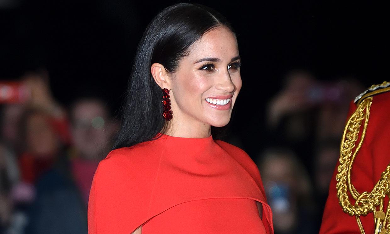 El vestido rojo de Meghan conquista Hollywood: ¿Qué conocida actriz también lo ha llevado?