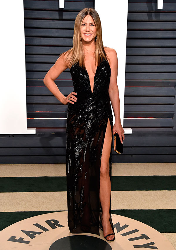 Jennifer Aniston en el 'afterparty' de Vanity Fair en la noche de los Óscar de 2017