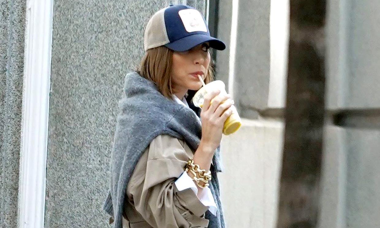 Tamara Falcó y Victoria Beckham, unidas por el accesorio de tendencia que podrás llevar todo el año