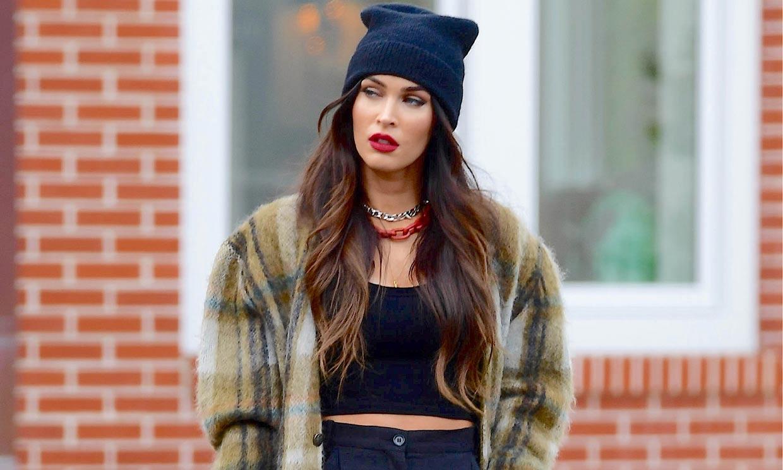 Megan Fox afianza su nueva imagen con las zapatillas preferidas de Victoria de Marichalar