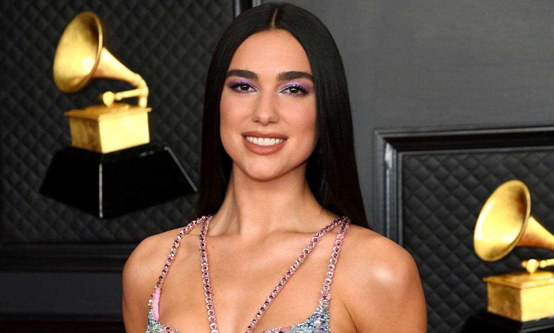 ¿Qué exitosa cantante ya llevó el vestido 'mariposa' de Dua Lipa hace 21 años?
