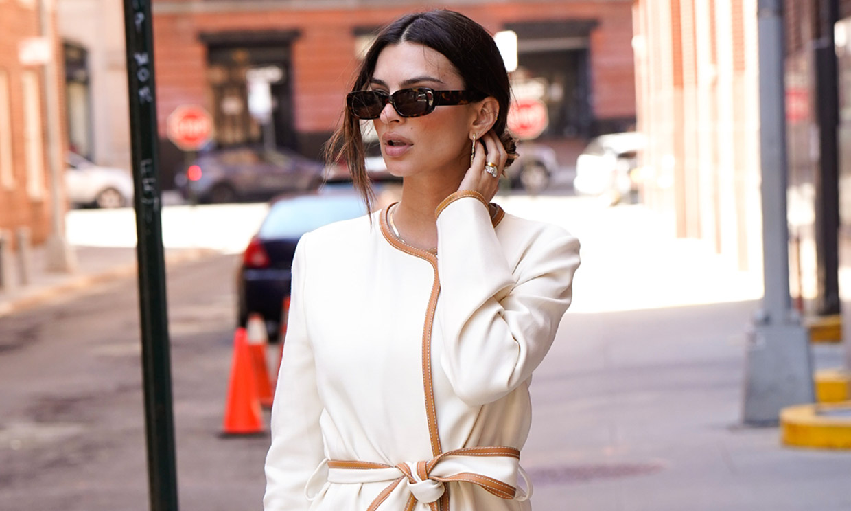 Emily Ratajkowski se marca un 'Kate Middleton' con esta fórmula de estilo tan favorecedora
