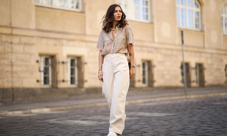 Las blusas de lino que son tendencia y llevarás de abril a octubre