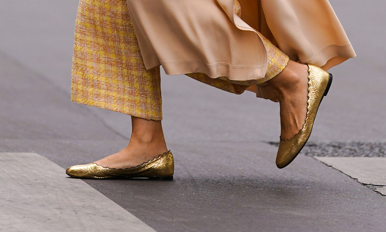 Bailarinas de colores para mujeres que adoran vestir con básicos
