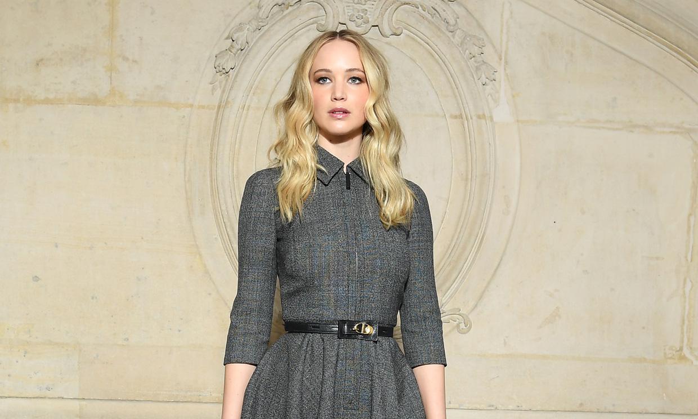Enamórate como Jennifer Lawrence del vestido con 'efecto fit' de doña Letizia