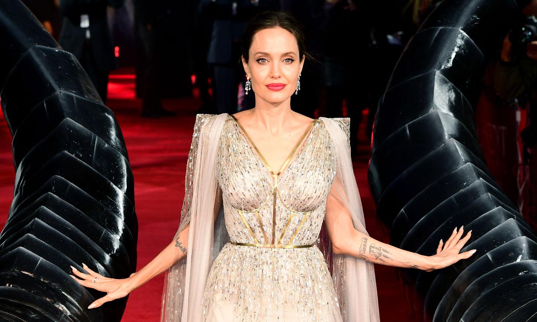 Repasamos los looks más curiosos de Angelina Jolie en su 46 cumpleaños