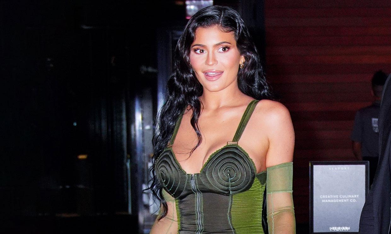 El armario 'vintage' de Kylie Jenner que en su día llevaron Madonna y Naomi Campbell