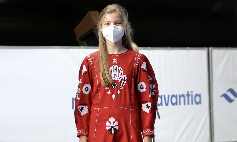 Rebajado a 19 euros, consigue el vestido étnico de la infanta Sofía que modernizó su estilo