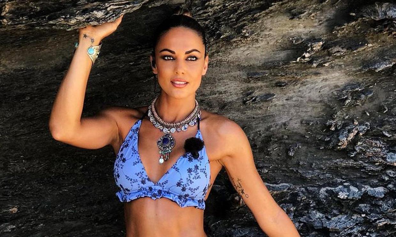 Lara Álvarez vuelve a impactar con sus looks en 'Supervivientes'
