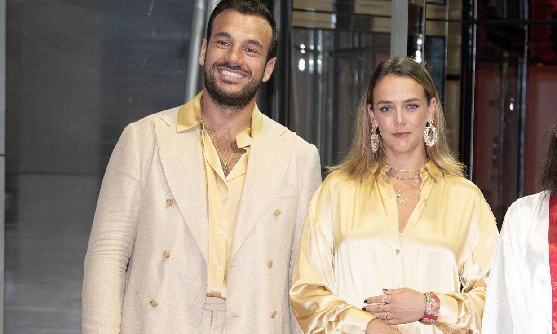 Pauline Ducruet sorprende con un vestido camisero dorado que ha dado la vuelta al mundo