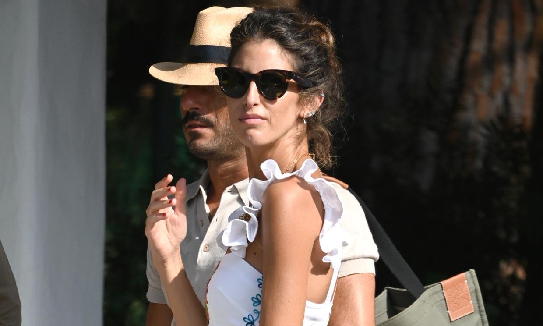 Inés Domecq, fabulosa con un bolso de Zara de 9 euros y el conjunto que Tana Rivera hizo viral